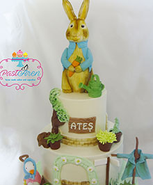 Peter Rabbit Ates