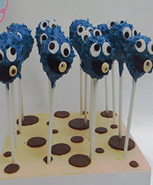 Cookie Monster cakepop
